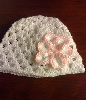 White_and_pink_beanie_for_taylor_small2