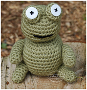 Frog-crochet-toy-1_small_best_fit