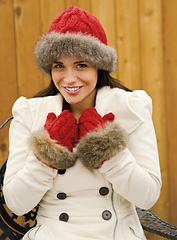Siberian_scarlet_hat_and_mitten_small