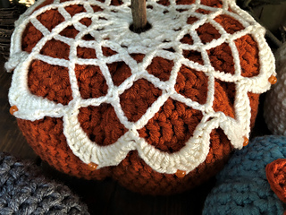 35e8747940f736 Ravelry  Burnt Pumpkin pattern by Lisa Gentry