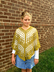 Beatrice_poncho_crochet_pattern_for_girls_in_green_small