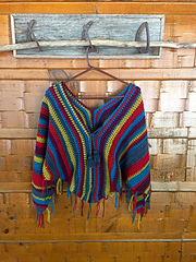 Gypsy_poncho_crochet_pattern_with_tassel_ties_small