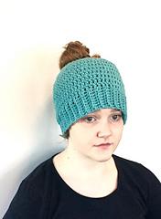 Messy_bun_hat_crochet_pattern_by_little_monkeys_design_small