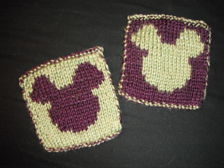 Mickey_mouse_double_knit_coasters_small2