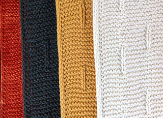 4_scarves_hang_small2