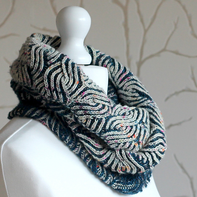 Indie Design Gift Along 2018 Cowl and Scarf Faves brioche