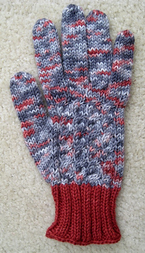 Gift_knit_glove_pattern_pic_medium