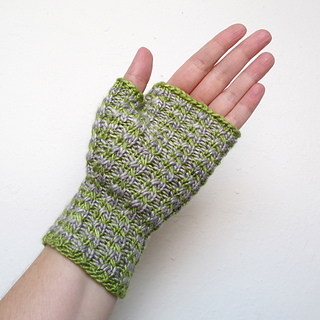 101014_green_gray_gloves_4_small2