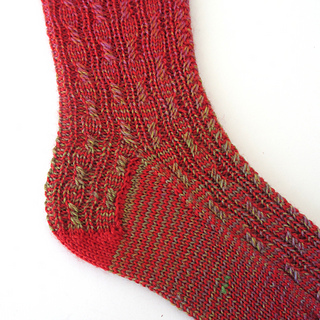 1101114-red-ombre-socks-3_small2