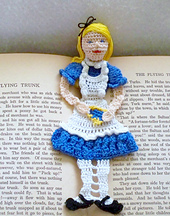 Alice_in_wonderland_010_small_best_fit