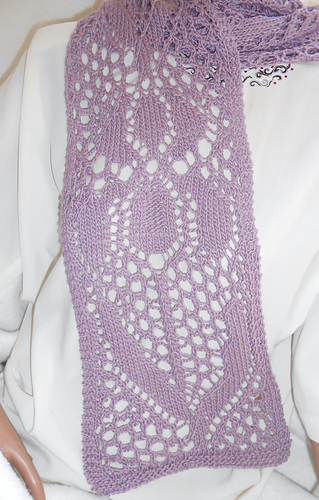 Iris_scarf_014_medium