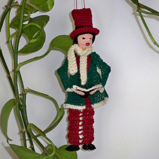 Male_caroler_006_small2