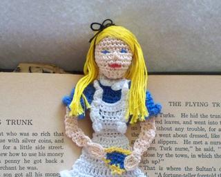 Alice_in_wonderland_013_small2
