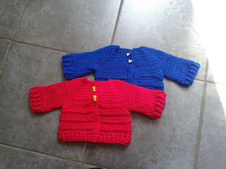 ad8d29464 Ravelry  Chunky Monkey Baby Cardigan pattern by Laura Tegg
