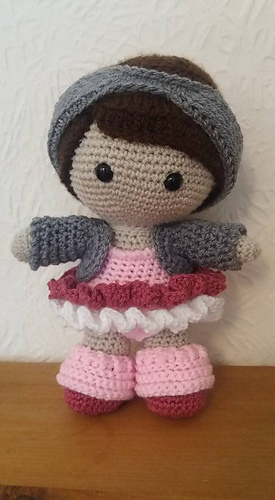 Ravelry: Weebee Doll - Dance Class Outfit pattern by Laura Tegg