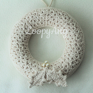 Shabby Chic #Christmas Wreath - Free #crochet pattern