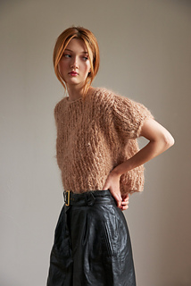 437bc5a30237a Ravelry  Puff Sleeve Top pattern by Loopy Mango