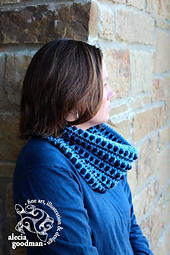 Alecia-cowl_small_best_fit