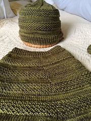 Cowl_and_cap_003_small