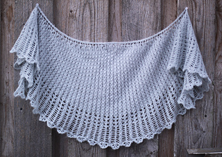 Dandelion_clocks_shawl_1_small2
