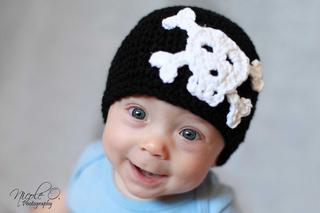 Colson_skull___crossbones_hat_small2