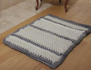 Kdtv_303_tunisian_crocheted_rug_-_the_big_softie_small2