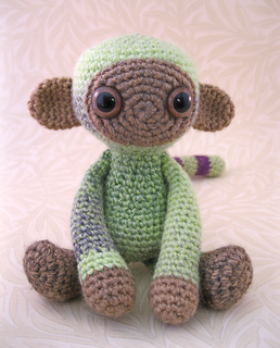 Woolly_monkey_green_05_small2