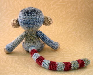 Woolly_monkey_blue_05_small2