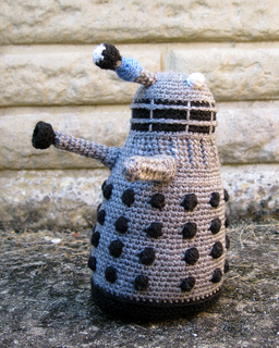 Dalek_grey_05_small2