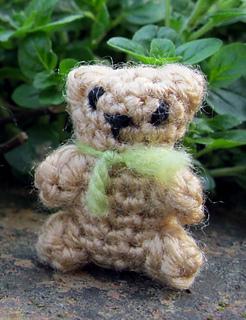 Tiny_teddy_02_small2