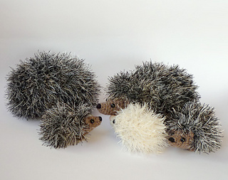 Ravelry: Baby Hedgehogs pattern by Kati Galusz