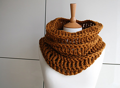 Chunky_cowl_autumn_leaves_239_small