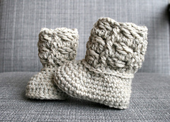 Cable_baby_booties_-_1_small