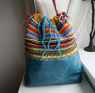 Boho_leather_and_crochet_bag__256_-_1__3__small2