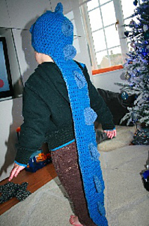 Blue_dragon_6_ravelry_small2