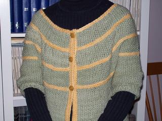 Yoke-button_sweater_001_small2