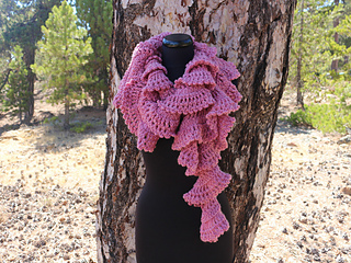 Ravelry Chunky Crochet Ruffle Scarf Pattern By Lyubava Crochet