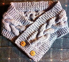 Cabled_cowl_small