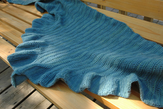 Coquille_bench_close_up_3_small2