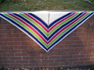 Candy_stripe_shawl_-_fo__1_small2