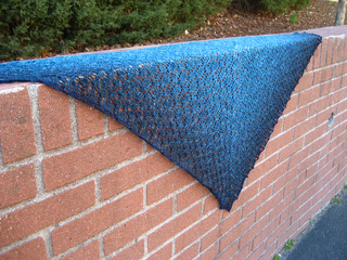 Quirky_quills_shawl_-_finished_left_side_view_small2