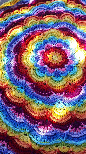 Ravelry Flower Puddles Ripples Blanket Pattern By Madlandia Forever
