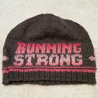 Run_hat_flat_small2