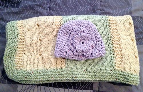 Baby_blanket_with_lavender_hat_medium
