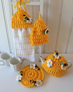 Ravelry: Honey Bee Kitchen Set   PA779 Pattern By Maggie Weldon