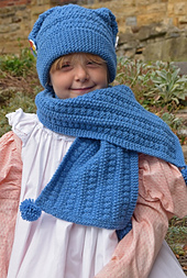 Free_hat_and_scarf_3_small_best_fit