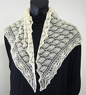 Triangular_shawl_with_border_small_best_fit