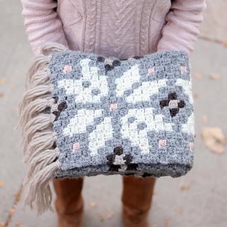 Nordic-crochet-super-scarf-free-pattern-21_small2