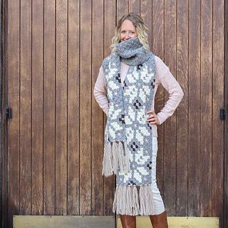 Nordic-crochet-super-scarf-free-pattern-22_small2