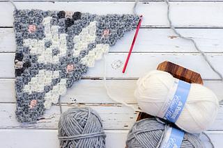 Nordic-crochet-super-scarf-pattern-2_small2